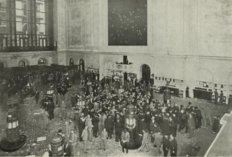 Пол биржи NYSE в 1907 году